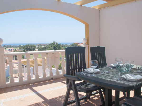 Exotic Refugio – 2 bedrooms, Free Wifi, Pool, Golf and Ocean View