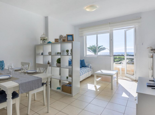 beach at 250 m, ocean view, 2 bedrooms, Wi-Fi